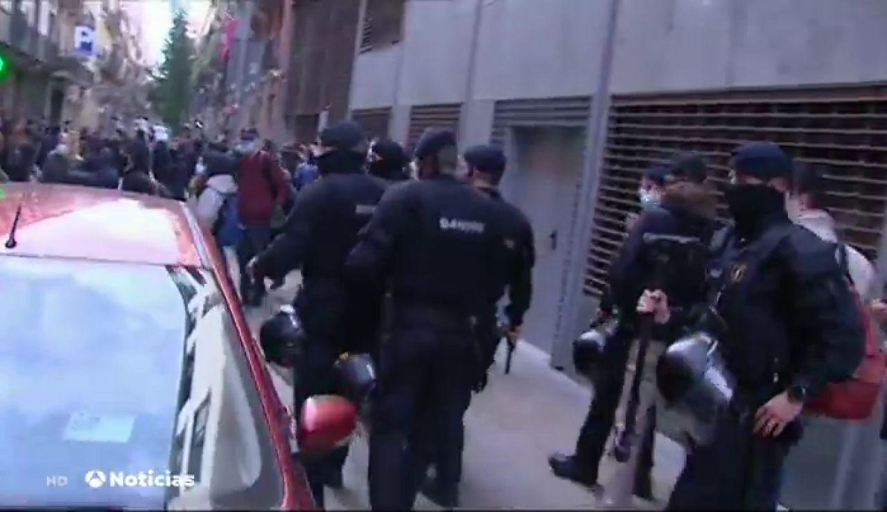 Los CDR intentan evitar una manifestación de guardias civiles y policías nacionales en Barcelona