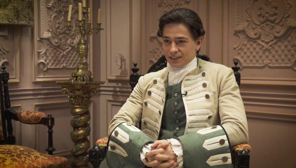 """Michel Tejerina: """"Roberto se mueve entre los dos mundos de la cocina y la nobleza"""""""