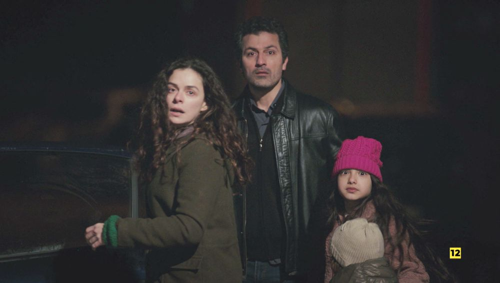 Bahar intenta escapar de Sarp con Arif, máxima tensión en 'Mujer'