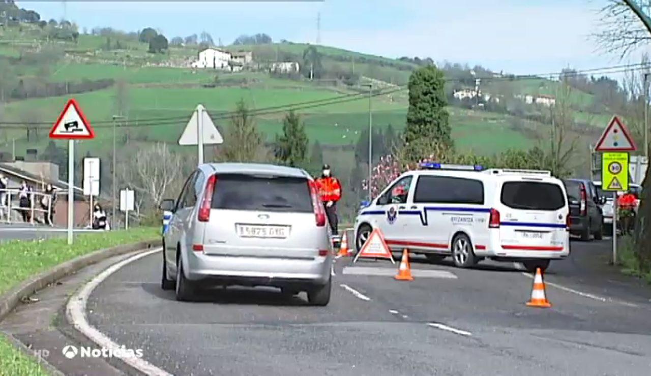 Controles en Tolosa para impedir la entrada de turistas por el carnaval