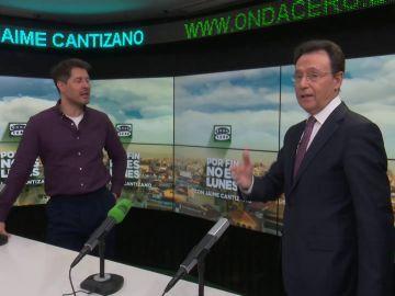 Matías Prats felicita a Jaime Cantizano en el Día de la Radio