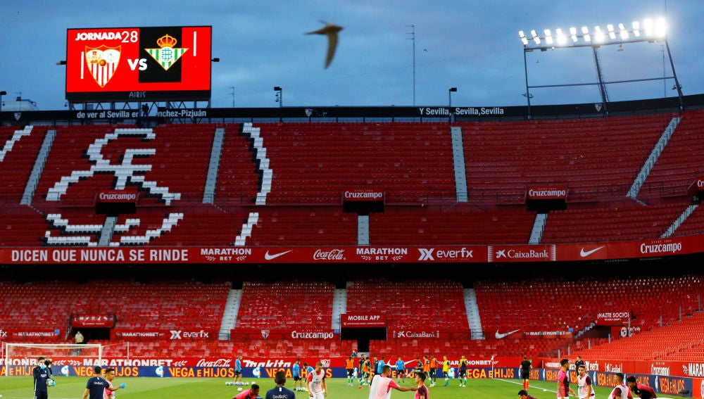 Los estadios del Sevilla y el Real Betis se perfilan como centros de vacunación masiva contra el coronavirus