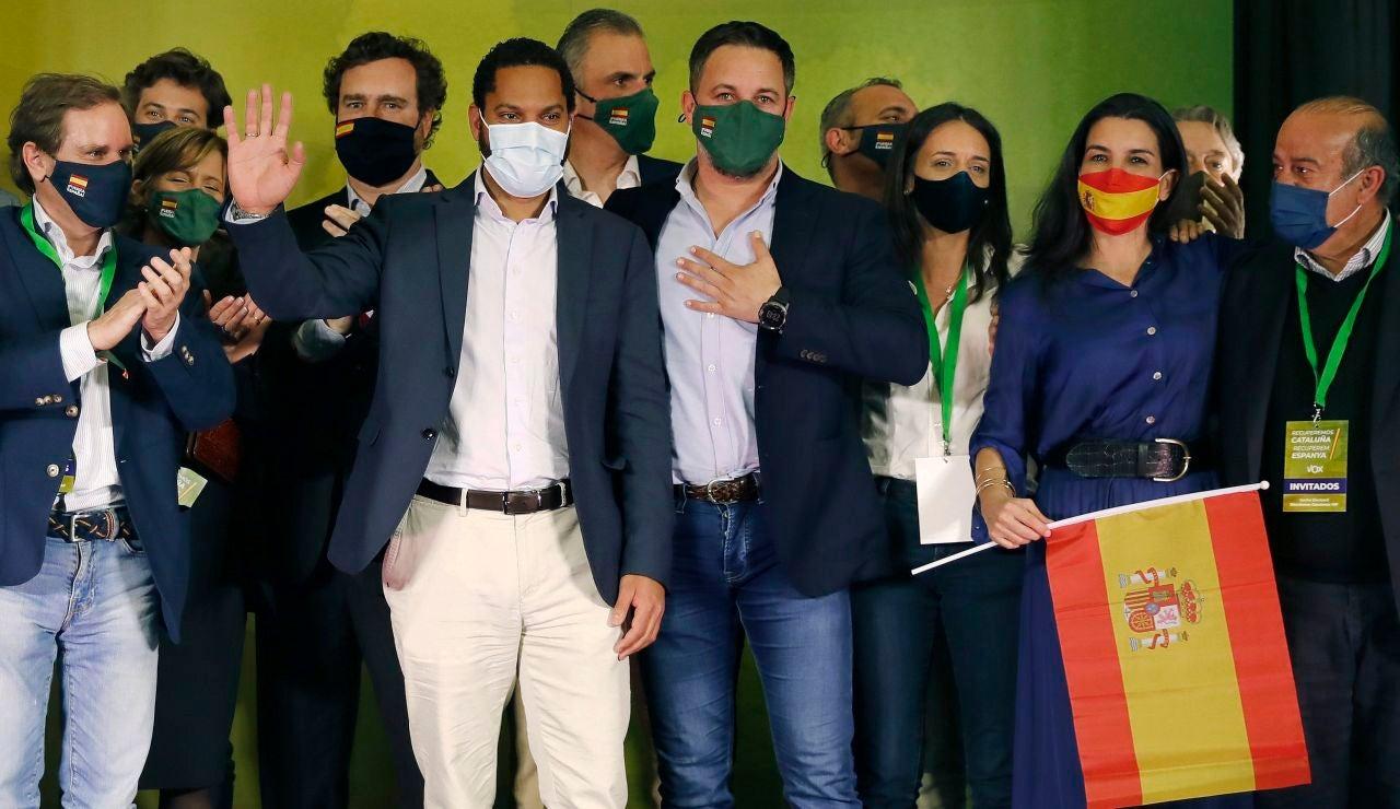 Los miembros de Vox celebran los resultados en las elecciones catalanas