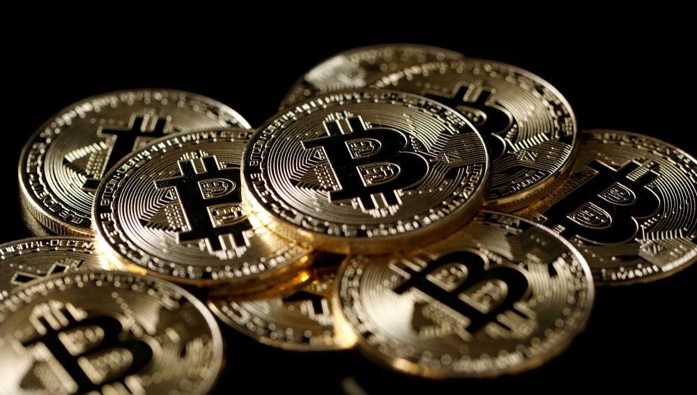 Un estafador oculta más de 50 millones de euros en bitcoins a la policía alemana al no darles la contraseña