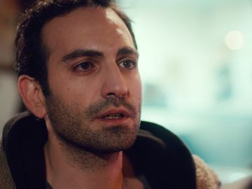 """""""La necesito a mi lado"""": Demir teme perder a Öykü en el próximo capítulo de 'Mi hija'"""