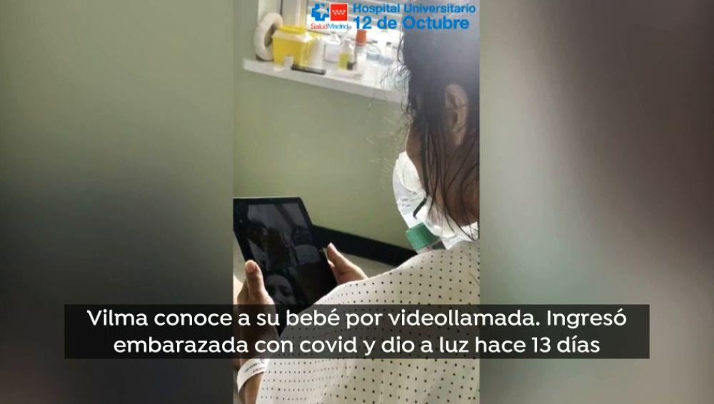 Una madre contagiada de covid conoce a su hija por videollamada 13 días después