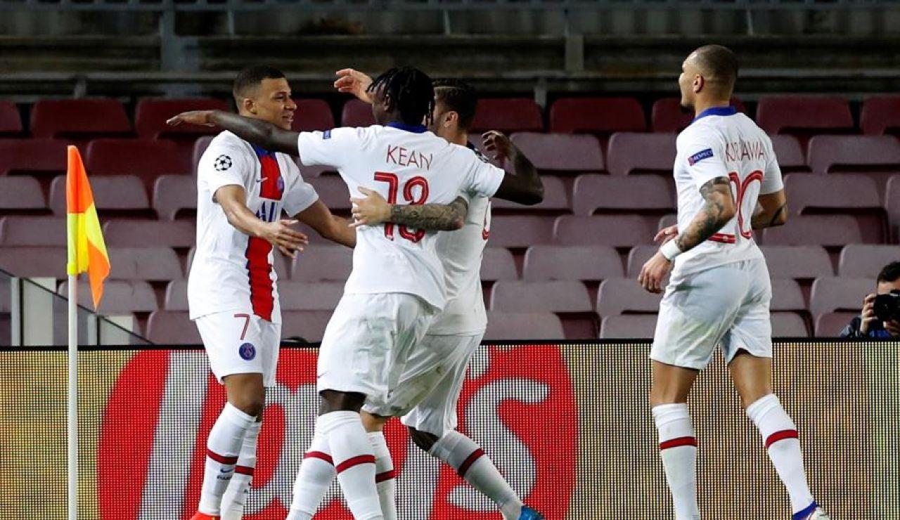 Mbappé asalta el Camp Nou y el Barcelona tendrá que remontar ante el PSG en la vuelta de octavos de Champions