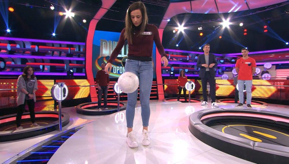Una futbolista profesional participa en '¡Ahora caigo!' y deja muestras de su calidad