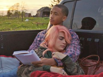 Jaden Smith y Cara Delevingne en 'Life in a year'