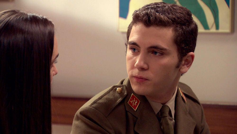 Emma descubre el motivo del tremendo enfado de Manolín