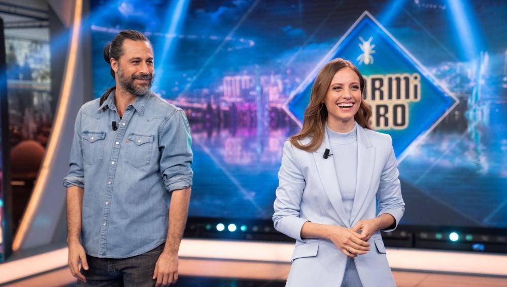 Disfruta de la entrevista completa a Michelle Jenner y Hugo Silva en 'El Hormiguero 3.0'