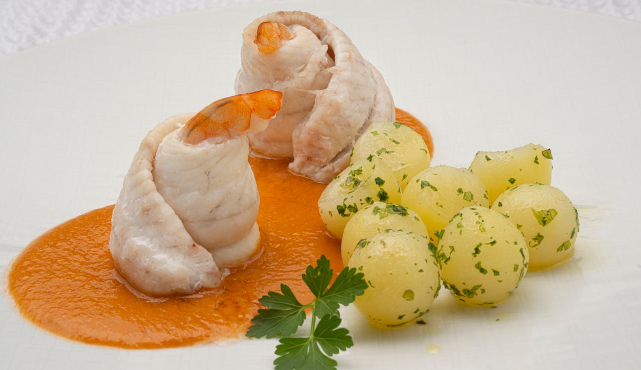 La receta de Karlos Arguiñano: popietas de lenguado con salsa de langostinos