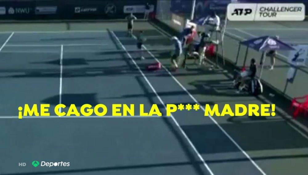 El tenista español Adrián Menéndez explota tras perder un partido por un error del juez de silla