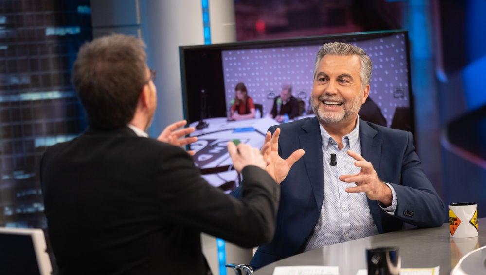 """Carlos Alsina defiende la independencia de los periodistas frente al """"afán de control"""" de los políticos: """"Es preocupante"""""""