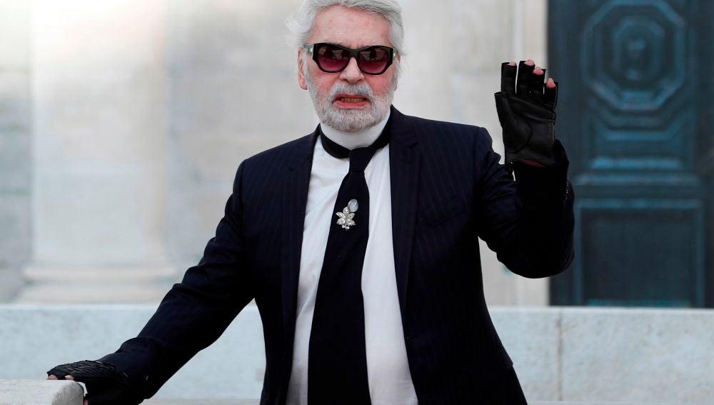 Efemérides de hoy 19 de febrero de 2021: Karl Lagerfeld