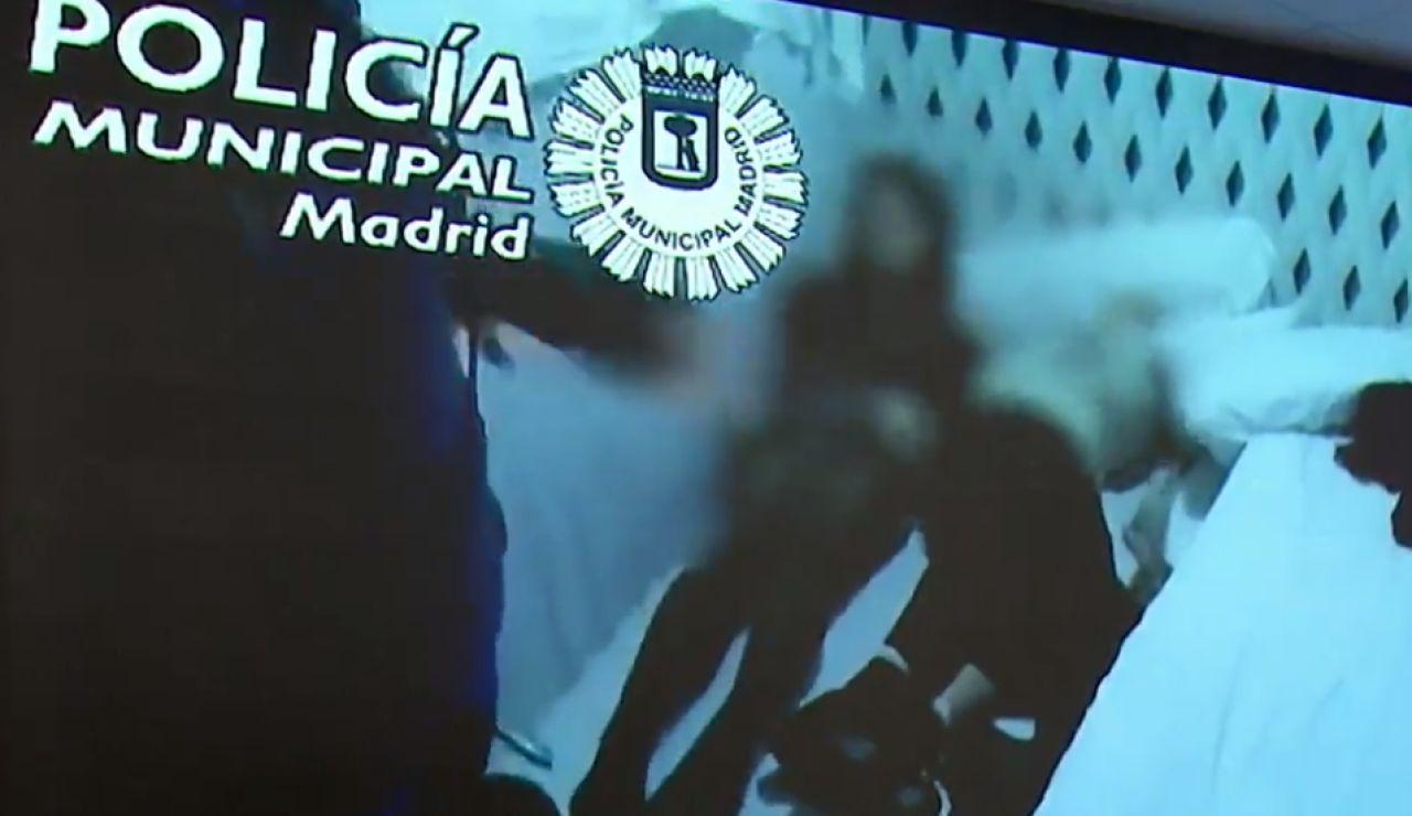 La Policía encuentra a dos mujeres debajo de un colchón en una fiesta ilegal en Madrid
