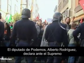 El diputado de Podemos, Alberto Rodríguez, declara ante el Supremo como investigado por una agresión a un policía