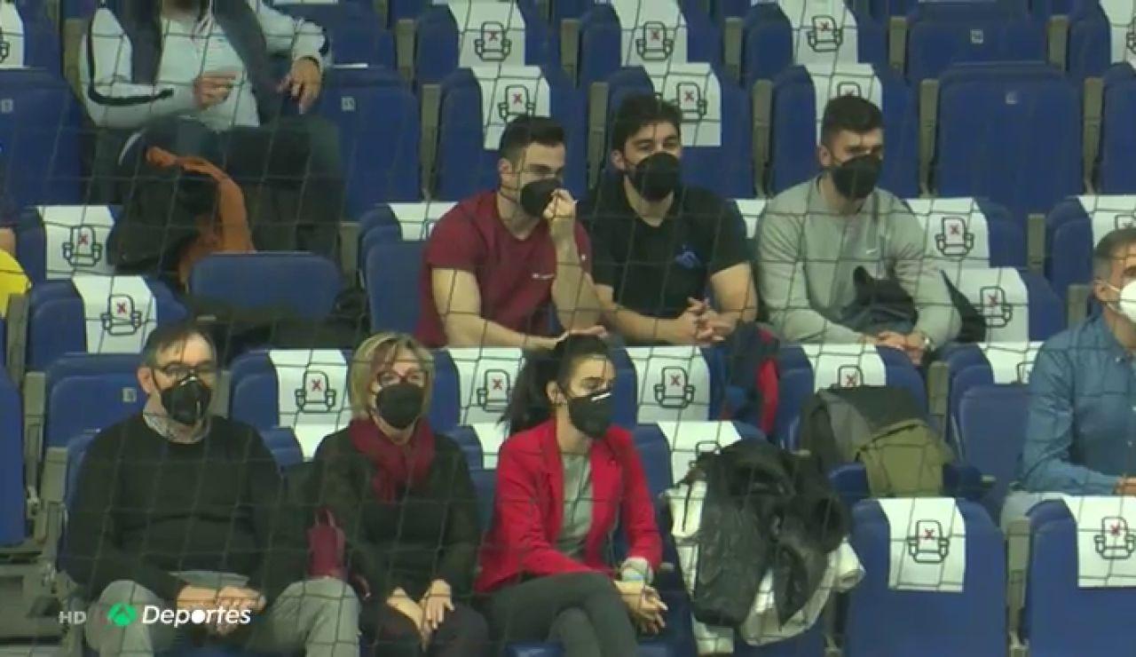 El público regresa a las gradas en la Copa del Rey de balonmano en Madrid