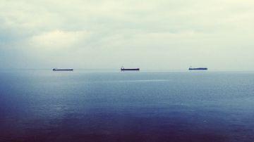 Barcos en el horizonte