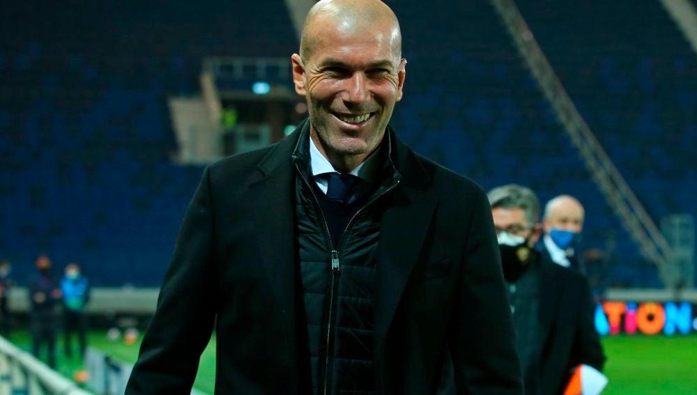 Zidane confía en luchar la Liga pese a un posible pinchazo en el derbi