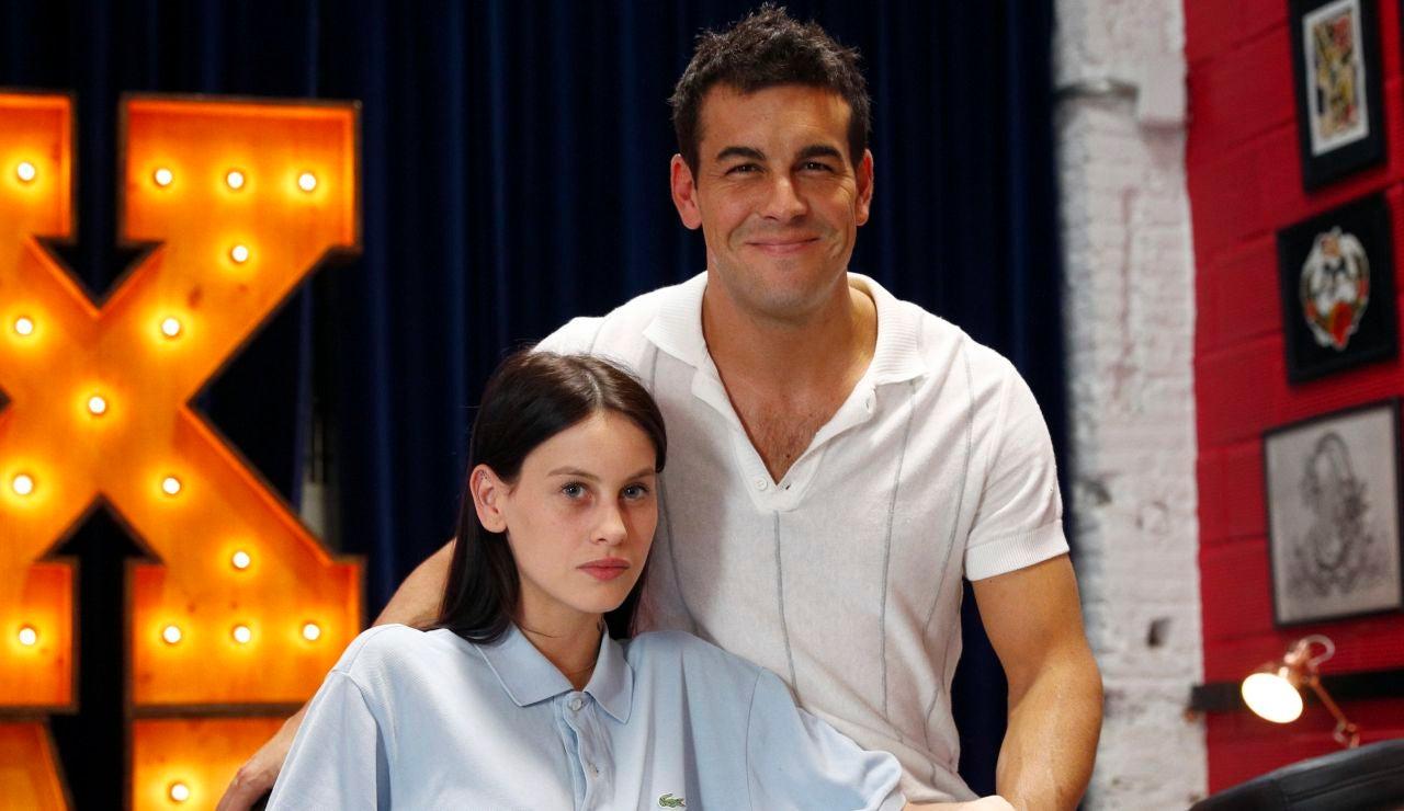 Milena Smit y Mario Casas