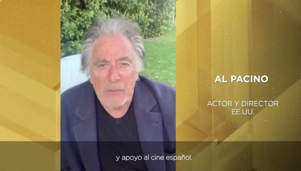 Al Pacino mostrando su apoyo al cine español en los Premios Goya
