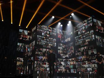 Celebraciones caseras y mucha emoción en unos sobrios Premios Goya con la mirada puesta en el futuro