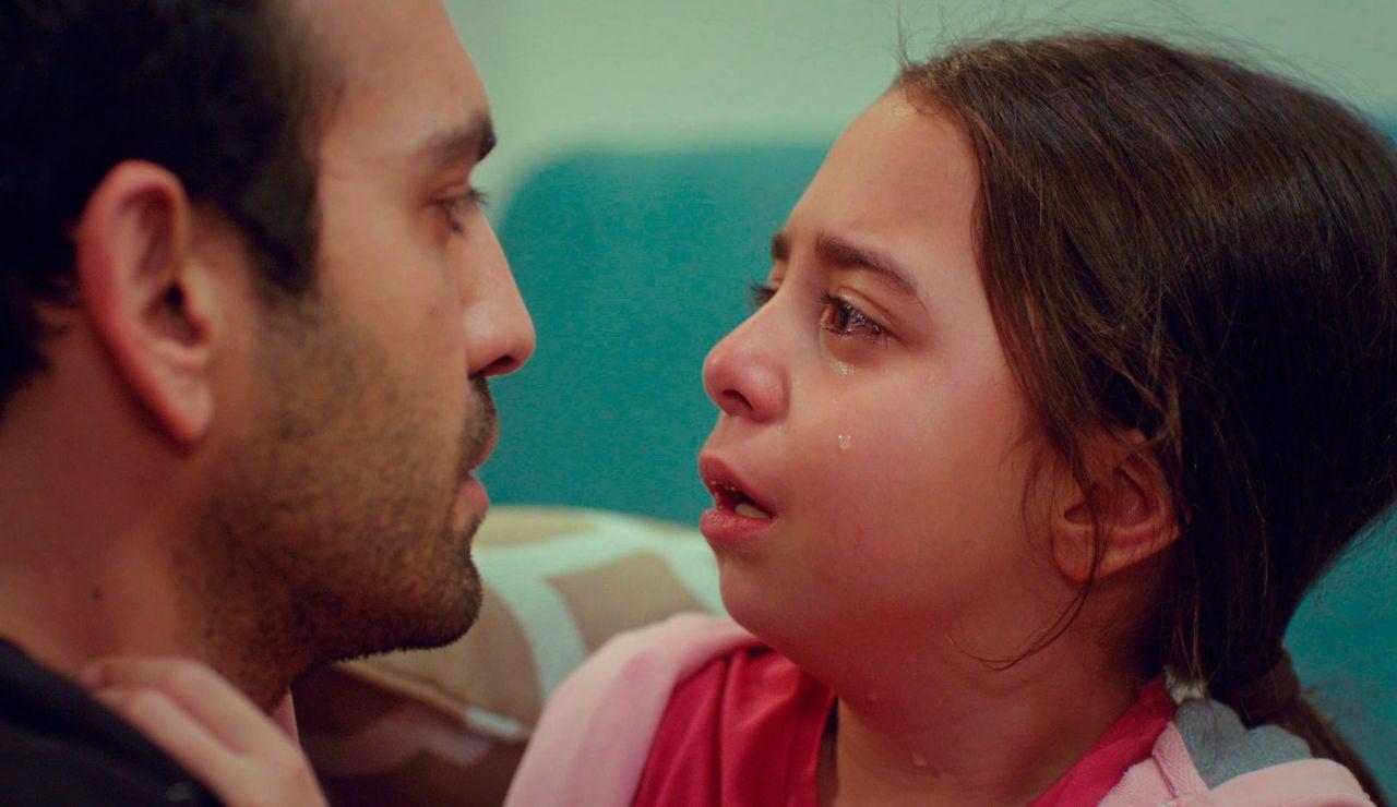 """Öykü suplica, desesperada, a su padre: """"Papá, tengo miedo. No quiero"""""""