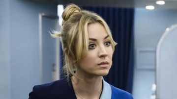 Kaley Cuoco en 'The Flight Attendant'