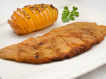 """La receta """"sencilla pero extraordinaria"""" de Karlos Arguiñano: escalope de ternera con patatas hasselback"""