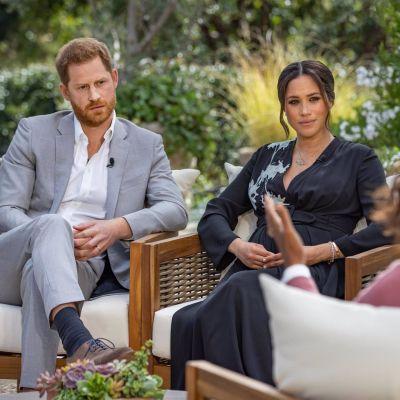 El príncipe Harry y Meghan Markle durante la entrevista con Oprah Winfrey