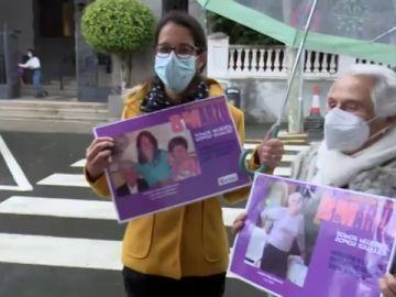Seis municipios canarios empapelan sus calles con el rostro de sus vecinas por el Día de la Mujer