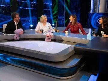 El ataque de risa de Carmen Machi, Nathalie Poza y Carolina Yuste con el juego de Trancas y Barrancas
