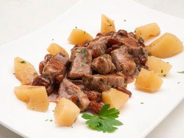 """""""Receta rápida"""" de Karlos Arguiñano: cerdo salteado con salsa de Oporto"""