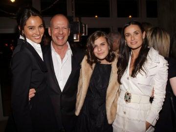 Demi Moore, su hija Tallulah, Bruce Willis y su mujer Emma Heming