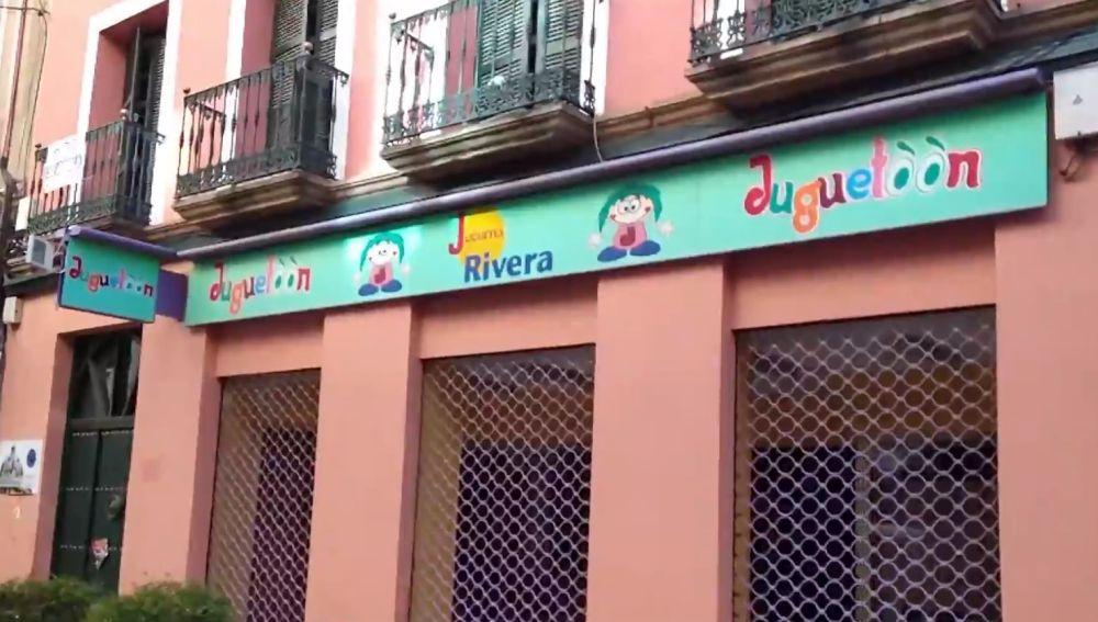Una tienda cerrada en Jaén.