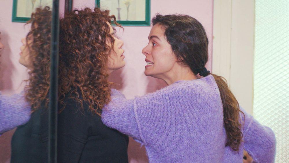 """Bahar salda cuentas con Sirin: """"Toda mi vida quedó destrozada por tu culpa"""""""