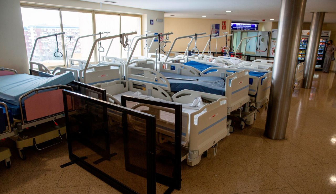 La trágica historia de un hombre que no pudo despedirse de su esposa enferma de coronavirus