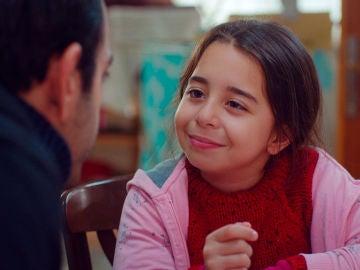 El maquiavélico plan de Cemal y Asu no siembra dudas en el amor de Öykü hacía Demir