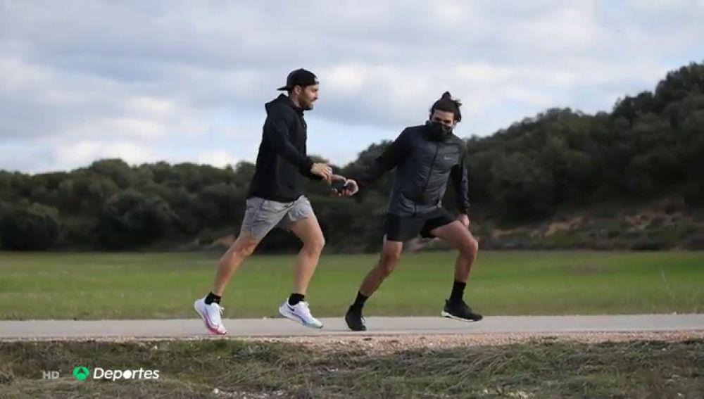 Unos runners cruzan España por relevos en 9 días en el aniversario de la pandemia de coronavirus