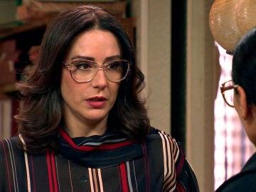 Cristina rompe las ilusiones de Manolita, decidida a recuperar la normalidad
