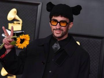 Bad Bunny durante los Grammys 2021