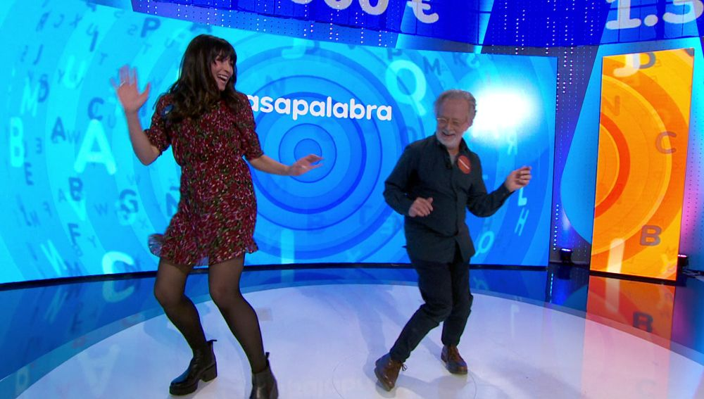 Fernando Colomo y Marta Fernández se lucen con un elegante twist en 'Pasapalabra'