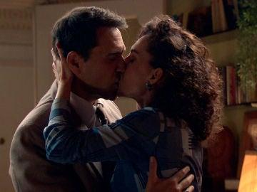 Se desata la pasión en 'Amar': Abel y Estefanía aprovechan su momento de intimidad