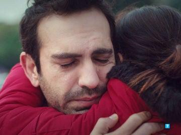 """La sentencia destroza a Demir: """"La custodia de Öykü deberá ser concedida a su madre, Asu"""""""
