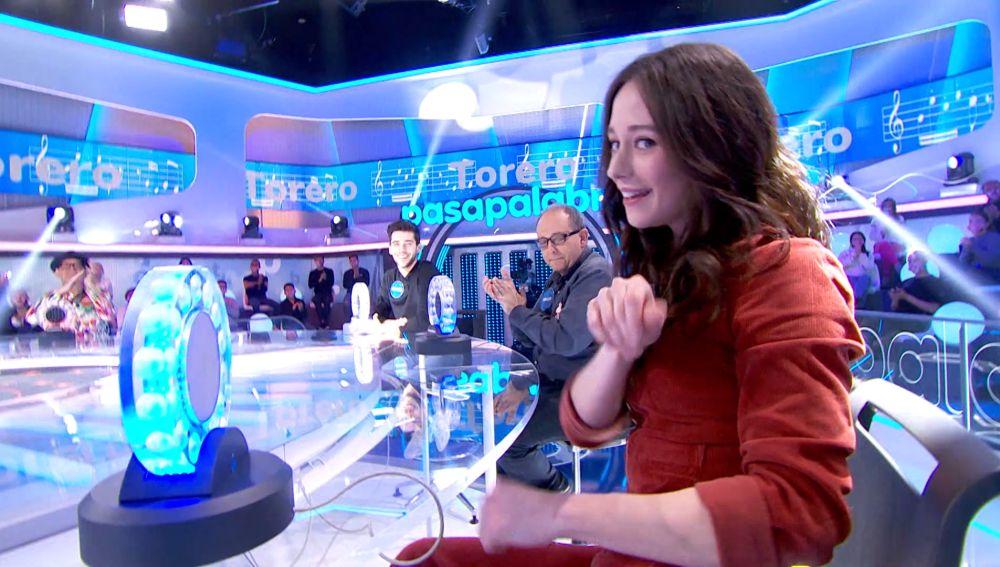 Elena Rivera demuestra su buen oído en 'La Pista' al son de 'Torero'