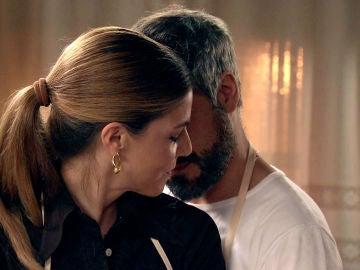 """Maica y Gorka se dejan llevar por los cinco sentidos: """"Hay que hacerlo con mucho amor"""""""