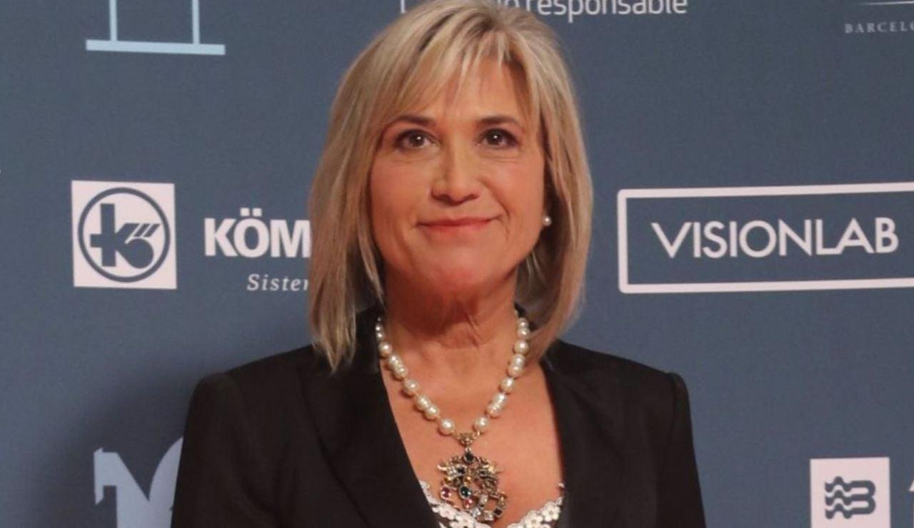 Julia Otero se vacuna contra el coronavirus por ser paciente oncológico