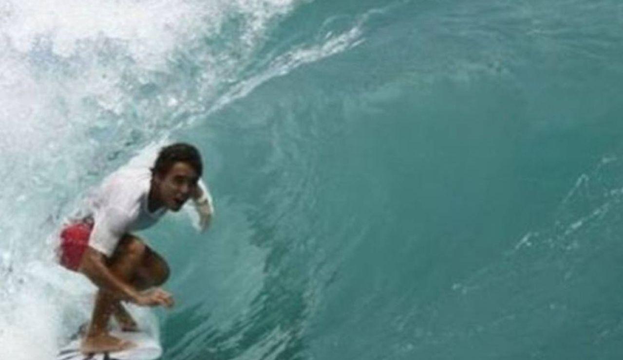 Muere Pedro Tanaka, gran promesa del surf de 23 años, ahogado mientras practicaba pesca submarina