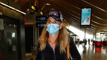 Arantxa Sánchez Vicario, en el aeropuerto
